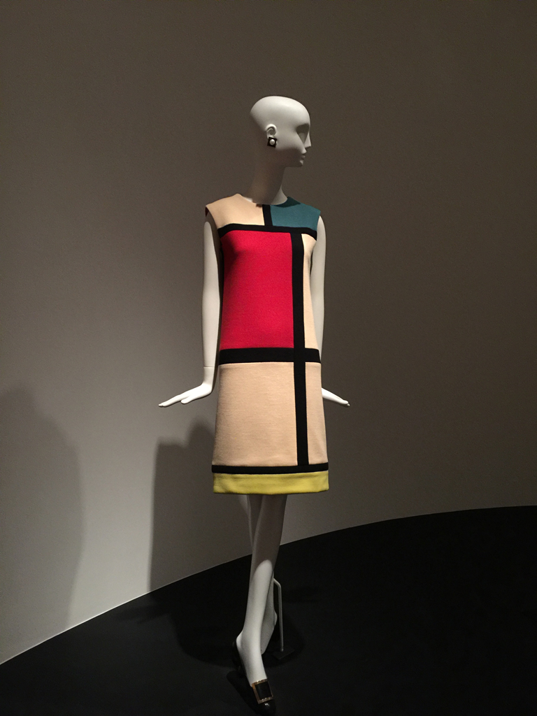 yves_saint_laurent_dress_2