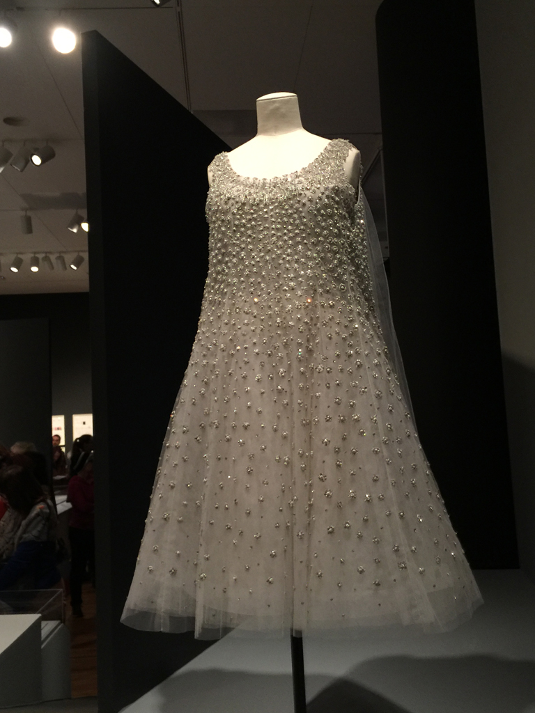 yves_saint_laurent_dress_3